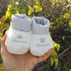 babbucce nascita con ricamo leonardo