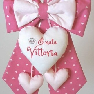 coccarda per nascita rosa Vittoria