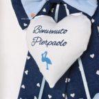 cuore centrale fiocco blu con cicogna
