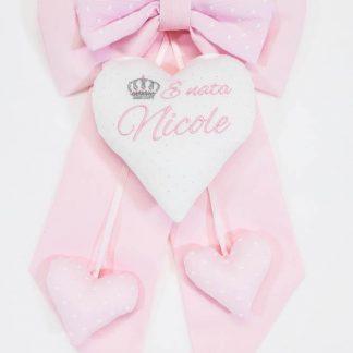 Fiocco rosa con cuore glitterato e corona per Nicole