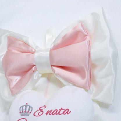 Fiocco di raso panna e rosa con corona per Carlotta