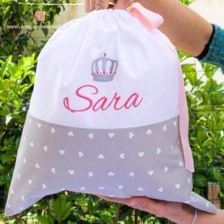 Sacco nascita per Sara con corona