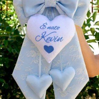 Fiocco nascita particolare di pizzo azzurro cuore strass per Kevin