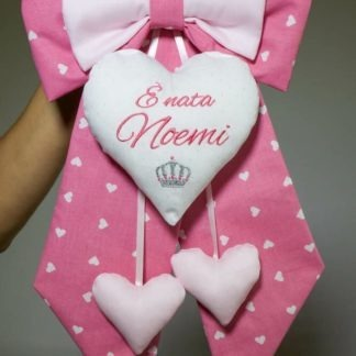Fiocco rosa con cuore glitterato e corona per Noemi