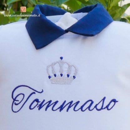 Tutina azzurra e blu con corona per Tommaso