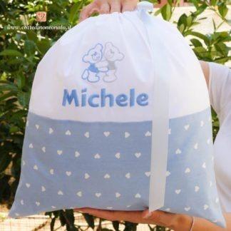 Sacco nascita azzurro con orsetti per Michele