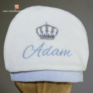 Cappellino di ciniglia con corona per Adam