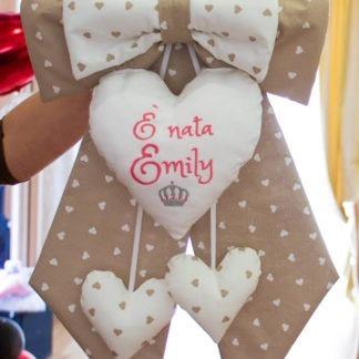 Fiocco nascita a cuoricini per Emily con corona