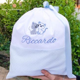 Sacco nascita glitterato azzurro e bianco con gattini per Riccardo
