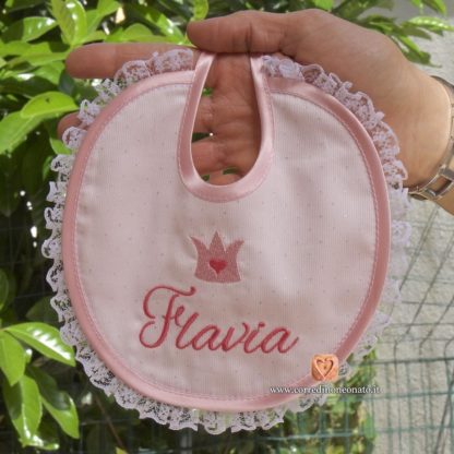 bavetta elegante ricamo nome Flavia