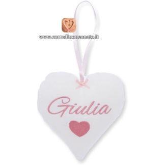 Cuore da appendere ricamo per Giulia