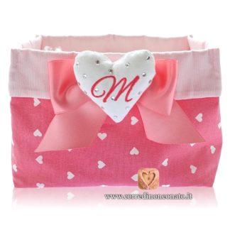 Cestino nascita portaconfetti rosa ricamato con iniziale