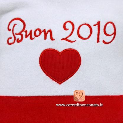 Ricamo tutina buon 2019